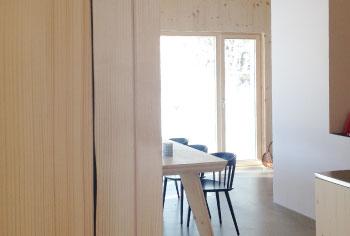 Einblick in den Wohn-/Essbereich